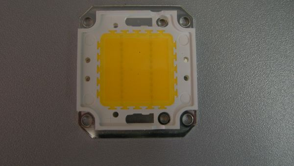 Led Chip 50 W warm  weiß, 3307